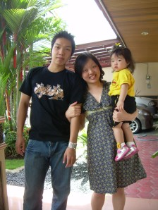 before B'day lunch with my cousin and niece